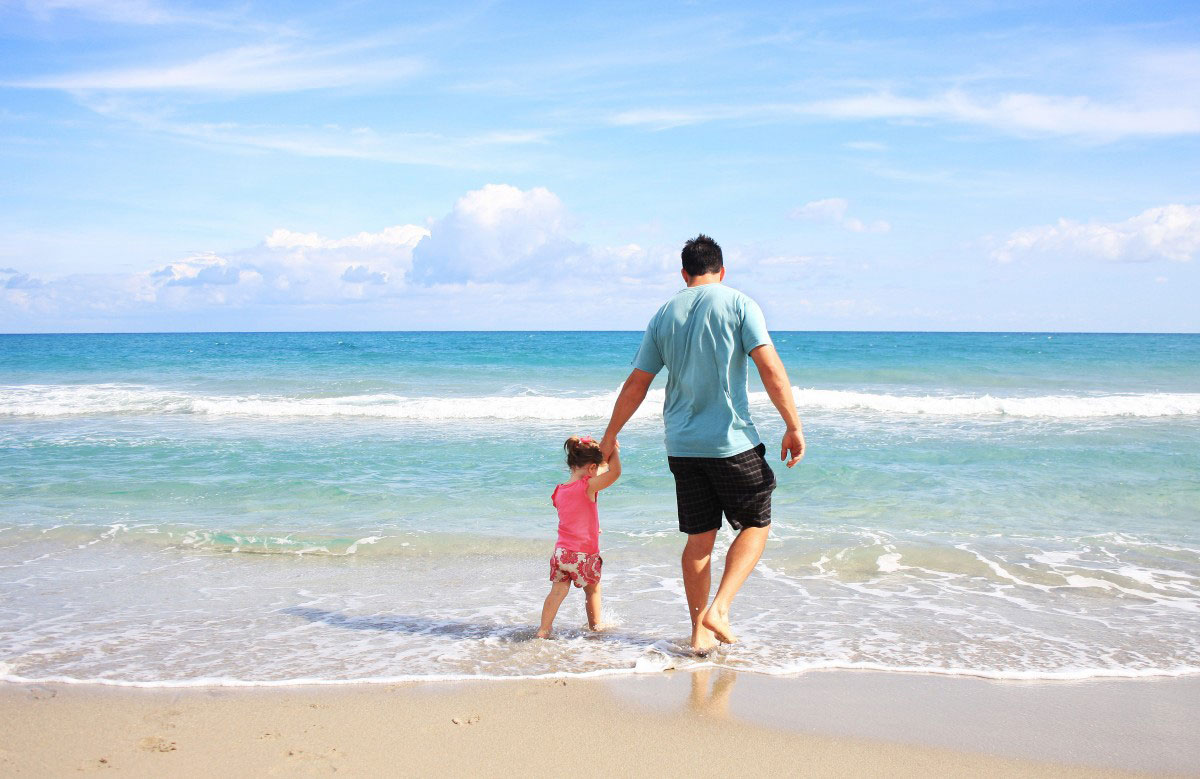 Scheduling a Long Summer Vacation for Dads with Children in New Jersey | The Micklin Law Group
